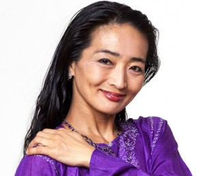 Mariko Hirakawa Headshot in Purple cropped